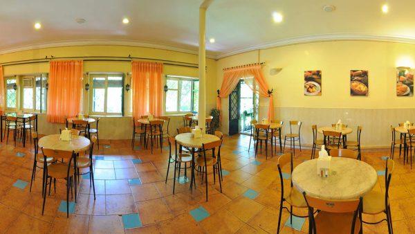 کافه رستوران و فروشگاه خانه هنرمندان